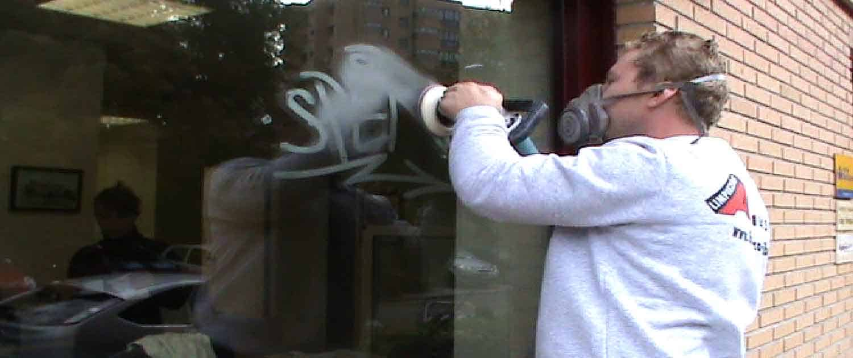 Limpieza de Graffitis al Ácido en Cristales